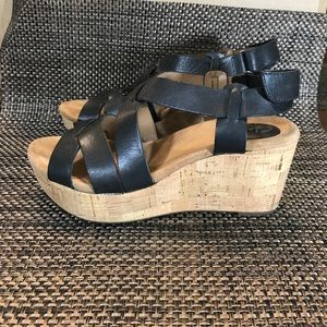 Clarks Artisan 9 Leather Cork Wedges Sandals